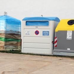 Contenedores de reciclaje en Almarail